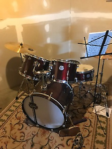 Mapex Voyager Drum Set