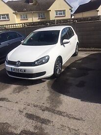 White VW Golf Plus 2009 Plate