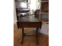 Side/coffee/telephone Table