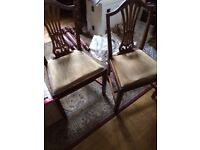 Set of 6 dining chairs, Chippendale style, well crafted, drop in seats