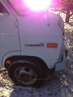 1996 GMC Vandura 14ft CUBE TRUCK LOW KM