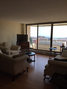 STUNNING VIEW - 2BR CONDO - ACROSS FROM PUBLIC GARDENS - HALIFAX