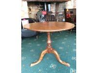 Light oak table, flip top