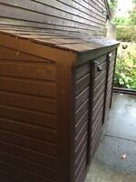 Shed - cedar, free-standing, lean-to style - $650 (Vancouver)