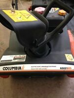 COLUMBUS SNOWBLOWER (NEW)  B.O.