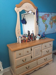 Dresser & Matching night table