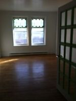 6 1/2 Renovated/Freshly Painted-1 MONTH FREE! -  $850