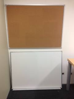 1200 x 900mm whiteboard AND Pinboard Crows Nest North Sydney Area Preview