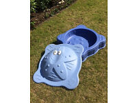 Early Learning Centre Starfish Sandpit with Lid