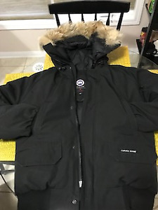 canada goose chilliwack bomber mens - for sale  condition 8/10