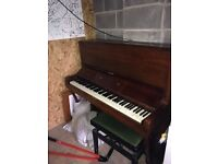 Piano to giveaway