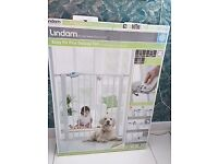 Deluxe Tall Baby Gate: BRAND NEW