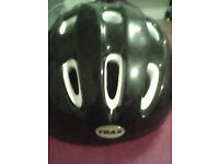 Small cycle helmet with padding and strap good con 3