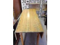 Large Vintage Gate Leg Table In Good Condition