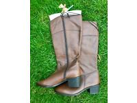 Brand new brown leather boots size 6 / 39