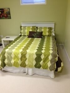 DOUBLE BED & BEDDING