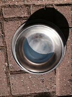 Stainless steel dog dish