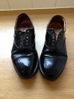 Genuine issue Army parade shoe. Black leather. 10L