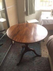 Georgian tilt top mahogany table