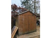 Shed for sale £10