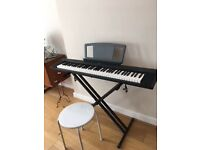Yamaha Portable Grand NP 30