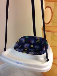 Jolly Jumper Graco/cheval Fisher Price/tube rangement  10.00$