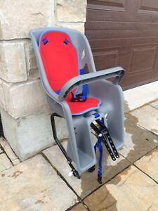 Banc de vélo pour enfant -presque neuf