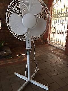 Pedstal Fan 50cm White Heller - Adjustable Stand - 3 Speed