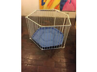 Lindam Safe and Secure Metal Playpen. Good condition.