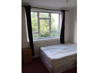 BIG DOUBLE ROOM WITH BALCONY - VAUXHALL - STOCKWELL - £750 PCM - ALL BILLS