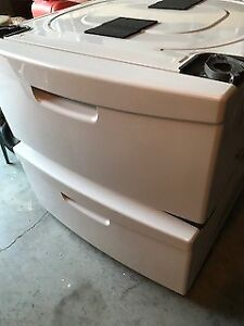 Samsung Washer & Dryer Pedestals - White