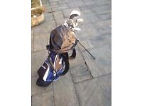 Confidence Power II hybrid golf clubs and bag (right handed)
