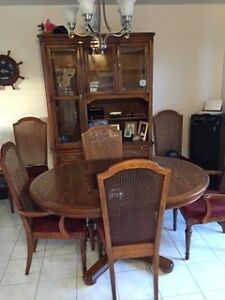 SKLAR Dining Table, Chairs & Hutch Peterborough Peterborough Area image 3