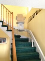 Acorn 80 Curved Stairlift