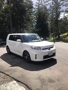 2011 Scion xB Hatchback