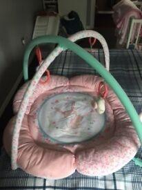 Babies first play mat