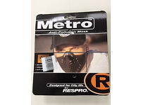 New Brand Unopen Metro Anti-pollution Mask (size L)