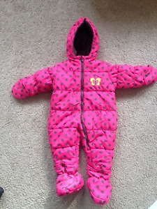 Snow suit full body, w gloves and boots 18 months