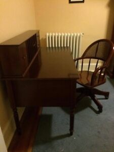 BOMBAY COMPANY DESK, CHAIR & BOOKCASE!