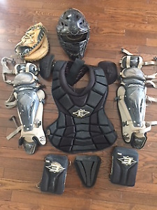 Selling a used and complete kids Catcher set in good conditions