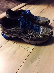 "MEN'S ""SAUCONY"" SHOES"