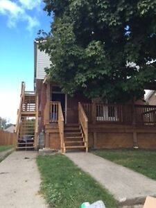 Clean 2 Bedroom Apartment for Rent June 1st