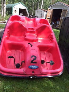 Pelican paddle pedal boat, seats 5