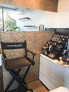BE YOUR OWN BOSS • Make up Artist chair hire