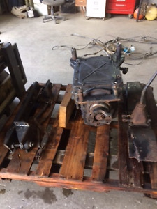 4 speed  auxiliary transmission model 7041c