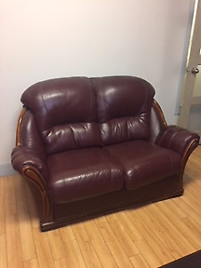 Sofa en cuir bourgogne
