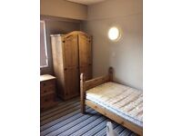Single room with private bathroom- Availbale now- Pall Mall, Liverpool 3 - Bills Inlcuded