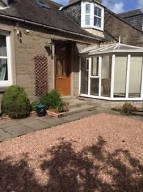 39 Taits Lane. Beautiful 4 bedroom house in the West End of city. Suitable fo students