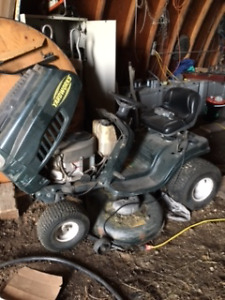 Ride on mower for sale good condition