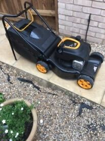 m40-125 Petrol Lawn Mower McCulloch used only once so effectively brand new